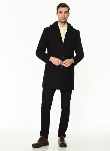 Dewberry Cepli Polyesterli Ve Yünlü Düğmeli Erkek Palto Siyah